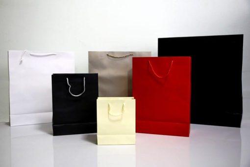 Shoppers personalizzate lusso plastificate opaco